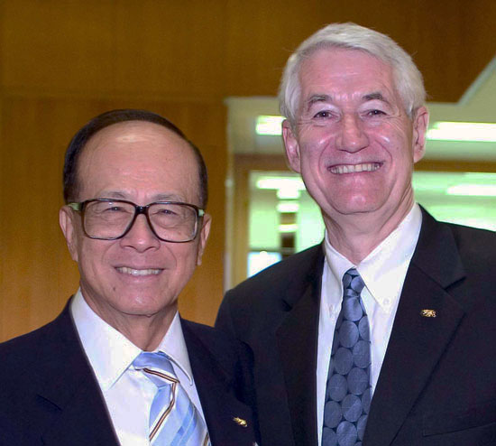 "Li Ka-Shing, one of the richest men in Asia, poses for a photo op with then UC Berkeley Chancellor Roberet ""Grinnin' Bobby"" Birgeanu on the occasion of the dedication of the Li Ka-Shing Center for Biomedical and Health Sciences and the bestowal on the first-time visitor of the Berkeley Medal, the campus's highest honor, given to those ""whose work or contributions to society illustrate the ideals of the university."""